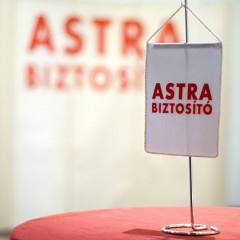Astra biztosító: több százezer ügyfél kétségek között