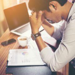 Túlóra: kifizetés 3 év múlva? – A szakszervezetek kiakadtak