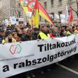 Rabszolgatörvény: országos útlezárások, helyi sztrájkok jöhetnek